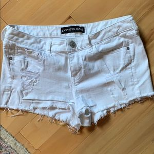 Express distressed shorts white 10